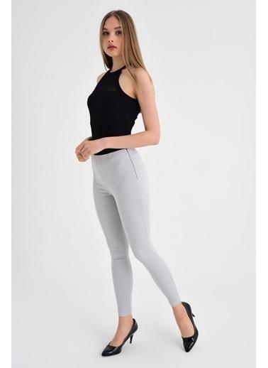 Jument Ön Arka Dikişli Dar Paça Tayt Pantolon - Beyaz Gri